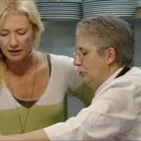Mayte y Ana en la cocina de Casa Lula
